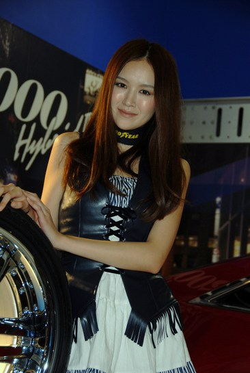 2011_tokyo_auto_salon_037